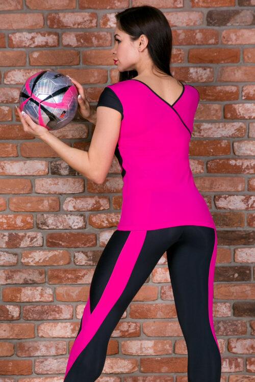 Спортивная футболка для фитнеса