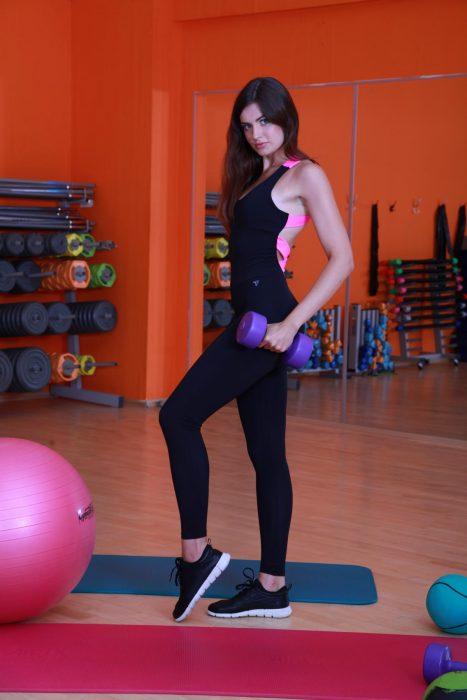 Элегантный спортивный комбинезон женский  ribbon-fit
